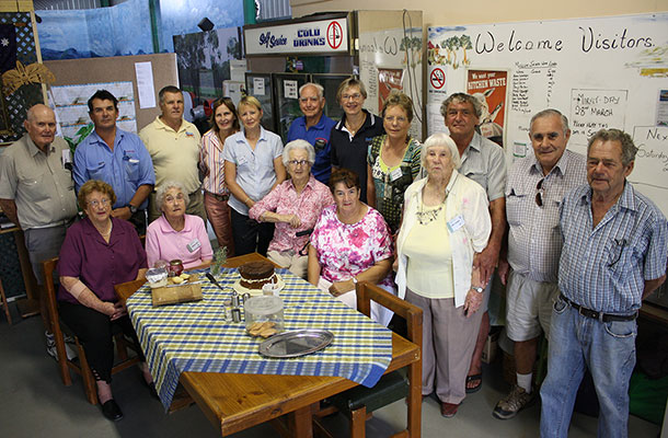 Santos' Vesna Rendulic and Jason Elms visited the Waa Historical Society